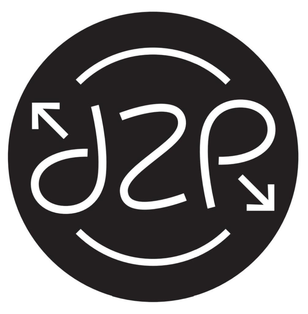 Dreams 2 Reality logo
